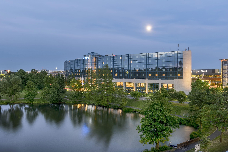 Maritim airport hotel hannover hannover for Designhotel hannover